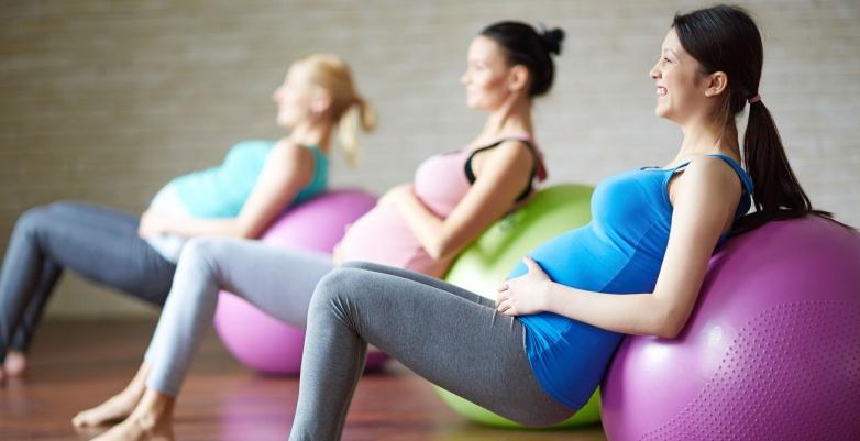 mamas deportistas, actividad física, beneficios del ejercicio durante el embarazo