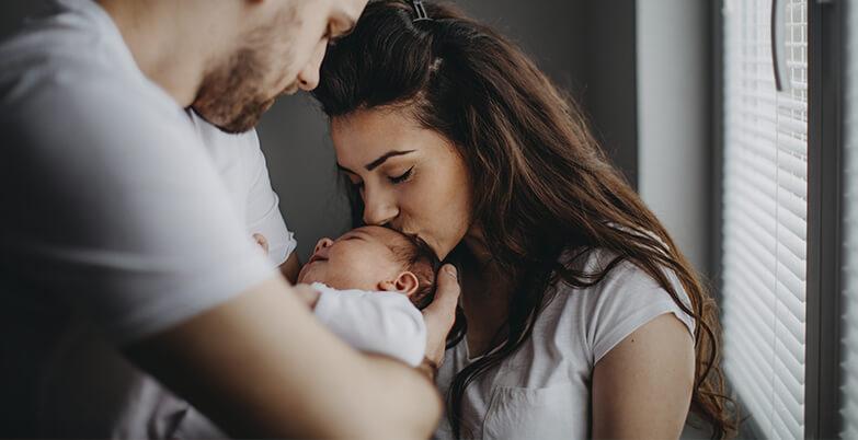 Alimentación, cuidados y desarrollo del bebé por etapas